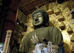 東大寺 -大仏殿と鏡池-